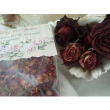romantisches-rosenblueten-bad